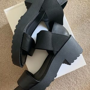 e4297c6ff7d silence + noise Shoes - Urban Outfitters Silence+Noise Jaycen Sandals - 8m